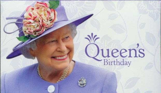 queen s birthday little thai princess. Black Bedroom Furniture Sets. Home Design Ideas
